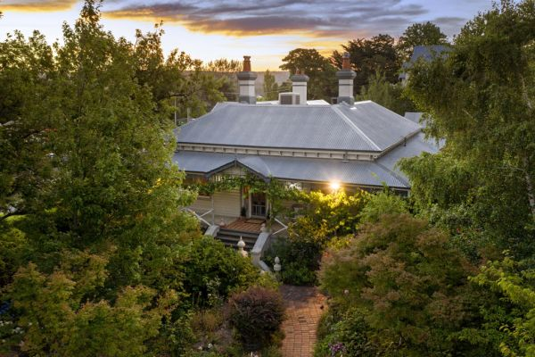 Regional house price growth in Australian towns reaches dizzying new heights