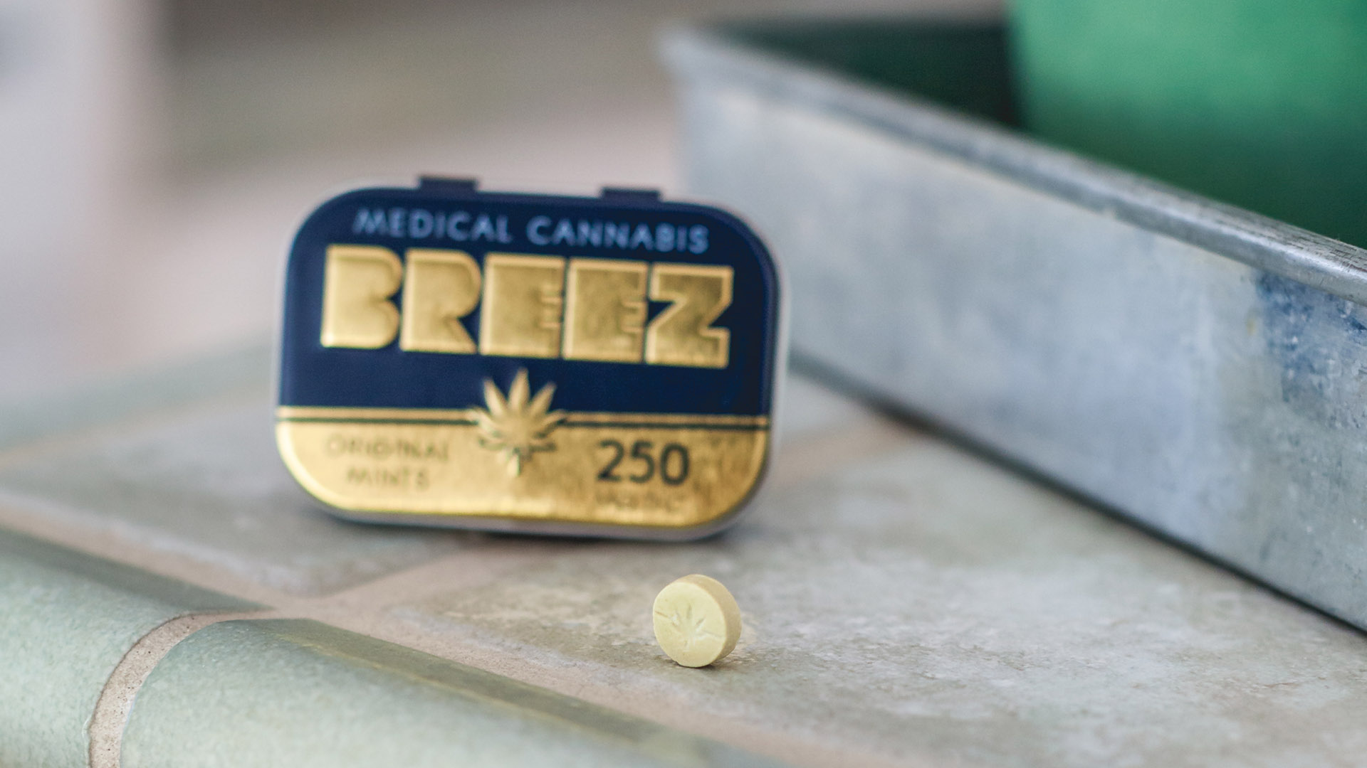 image of breez marijuana mints