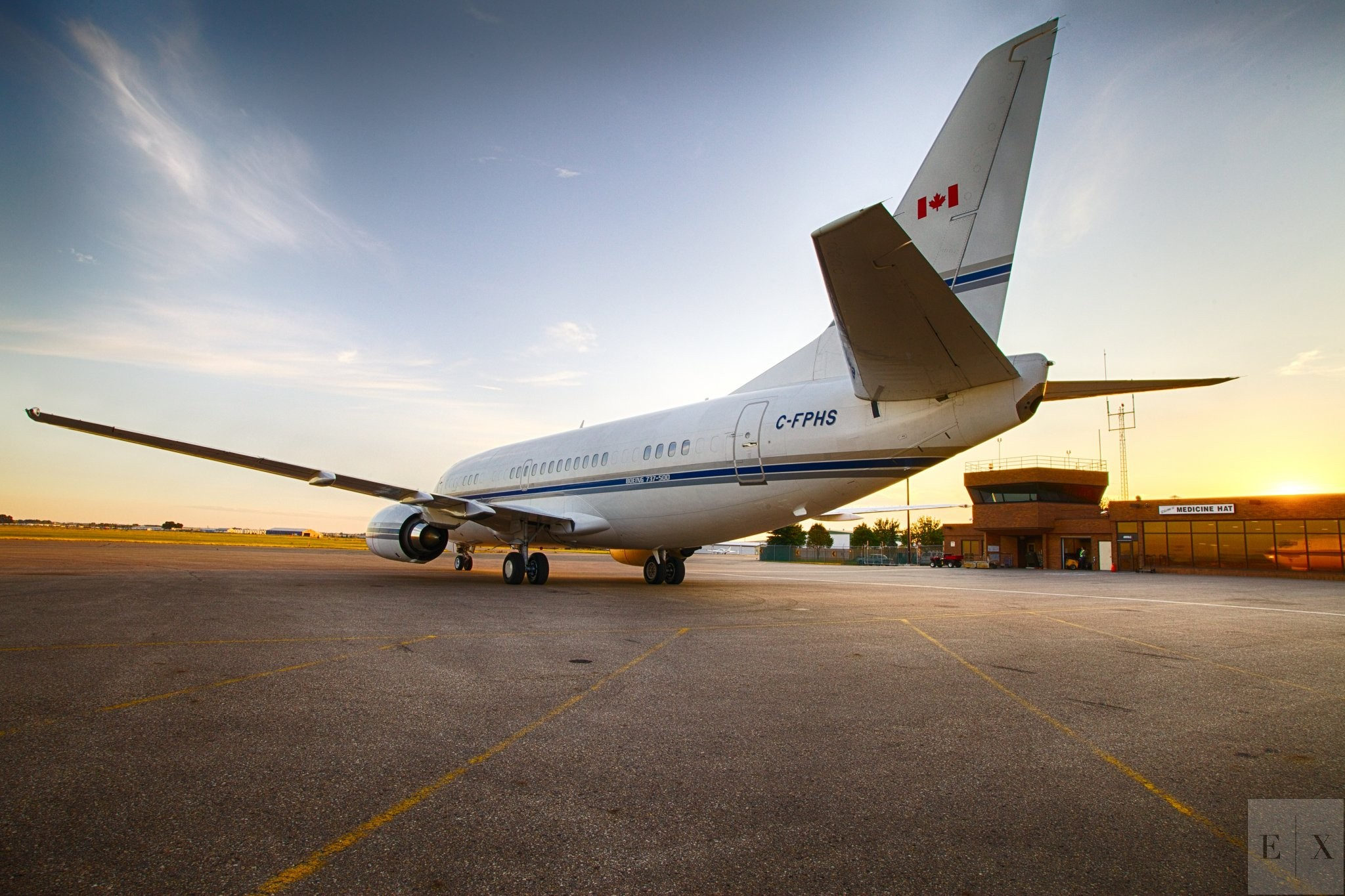 Medicine Hat Airport 737 | Elegant Exposures Photography