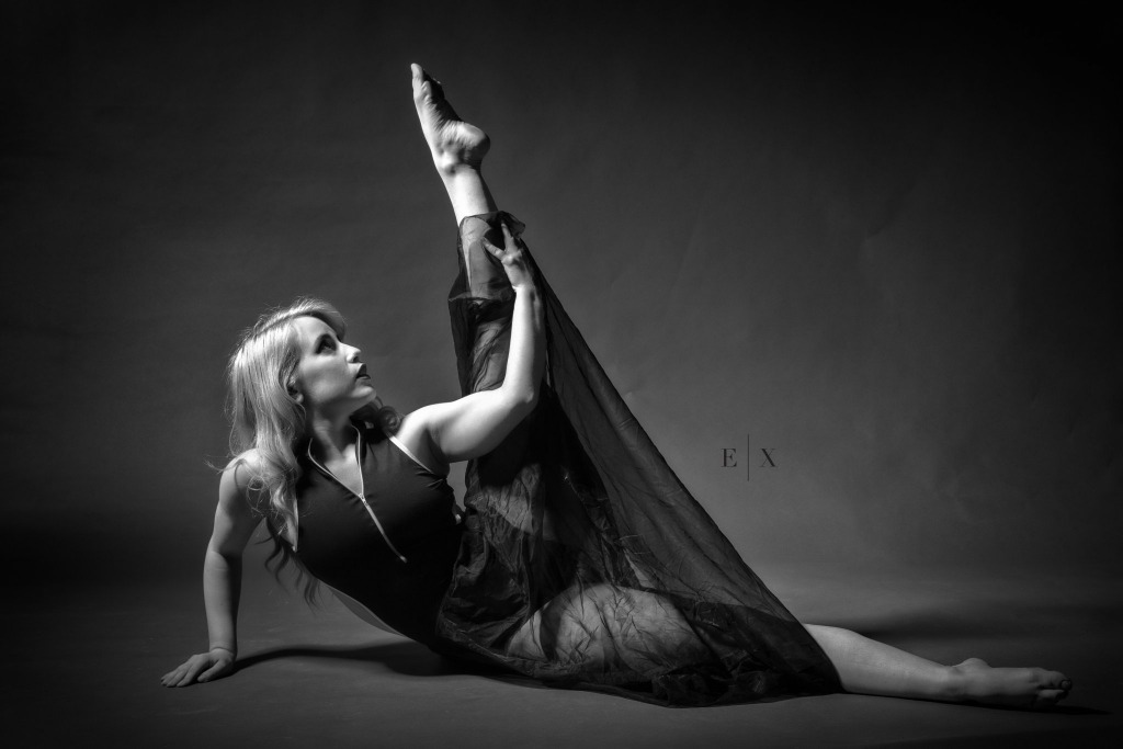 B&W Dance | Elegant Exposures Photography