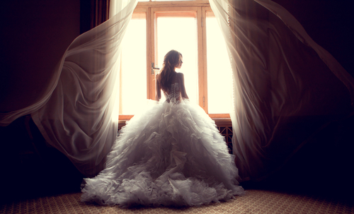 one-of-the-types-of-wedding-dresses
