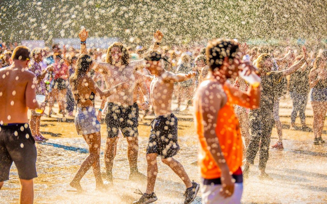 Beat the Heat: How to Avoid Dehydration at Festivals