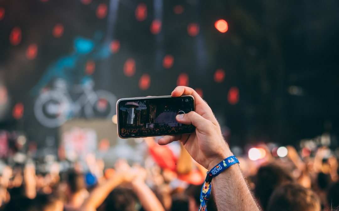 The 7 Best Apps for your Festival Weekend