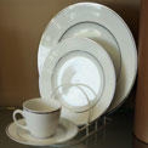 Plate Silver Line