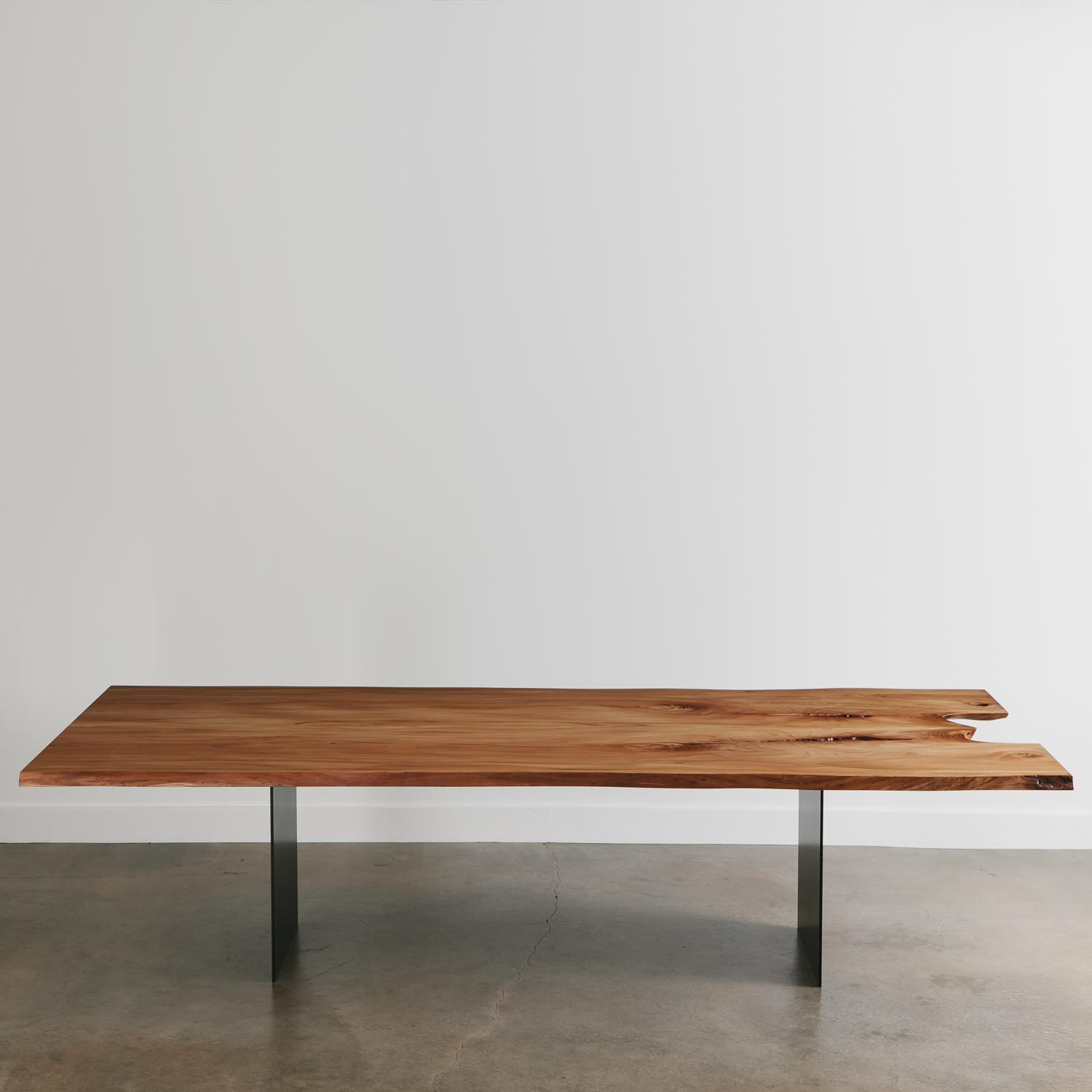 Modern furniture live edge dining room table