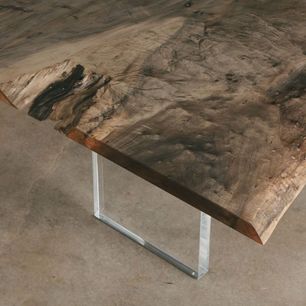 modern-dining-table-lucite