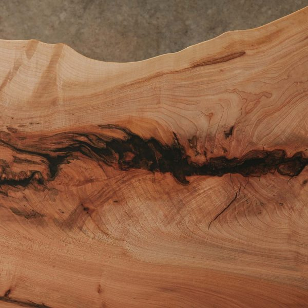 Maple slab wood grain with natural tree character