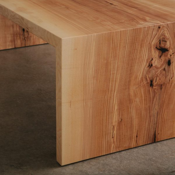 ash-wood-grain-detail