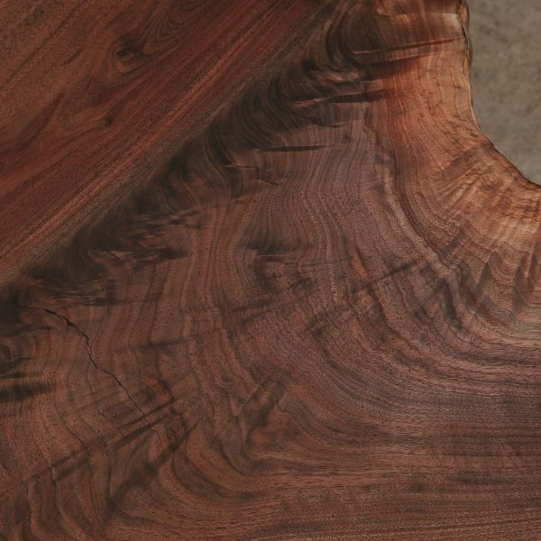 figured-walnut-wood-grain2