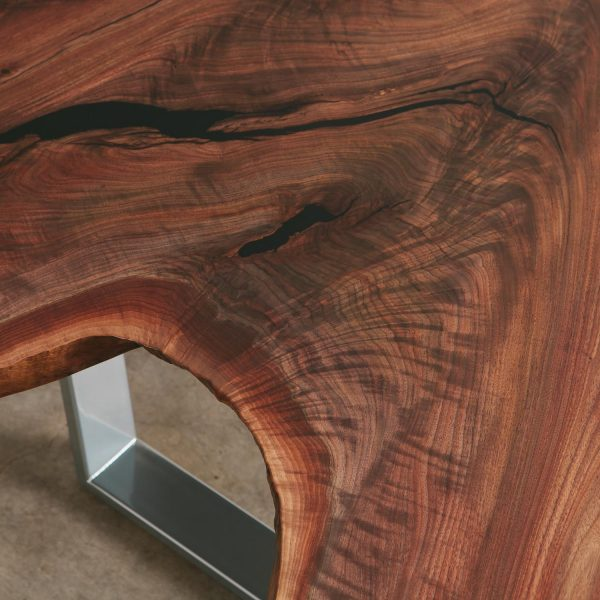live-edge-walnut-crotch-figured-grain