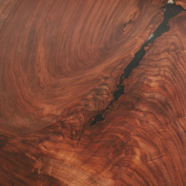 figured-walnut-wood-grain