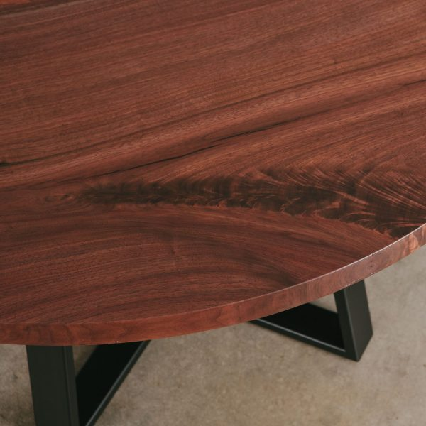 Custom round live edge table Elko Hardwoods