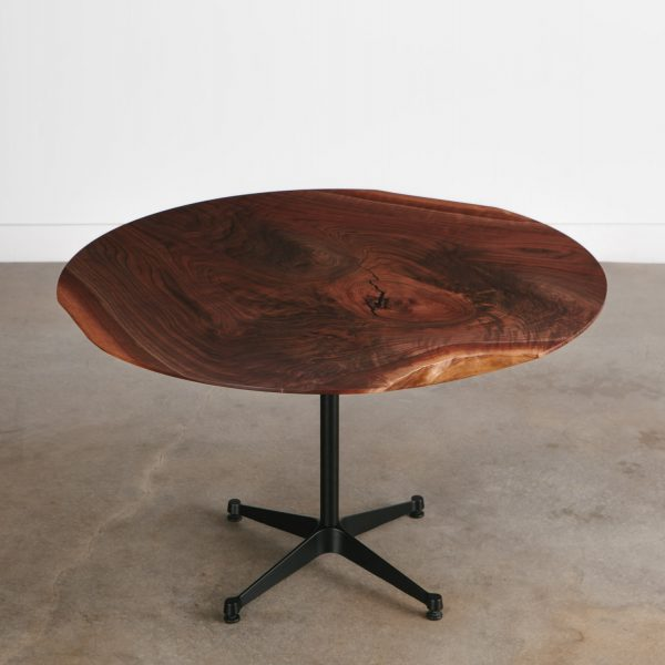 custom-round-live-edge-dining-table