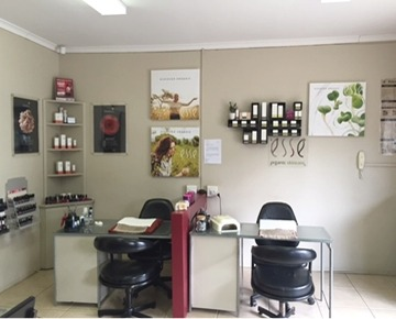 Waterfall Nail and Beauty is situated at 22 Link Road with ample, safe parking and beautiful grounds. Four fully-trained therapists, with more than 40 years of experience combined, offer their customers many different beauty options like waxing, tinting, facials, manicures, pedicures, gel nails, lash extensions and spray tanning. Their focus is on providing excellent service in a relaxed environment where they also stock Environ and Esse skin care products.