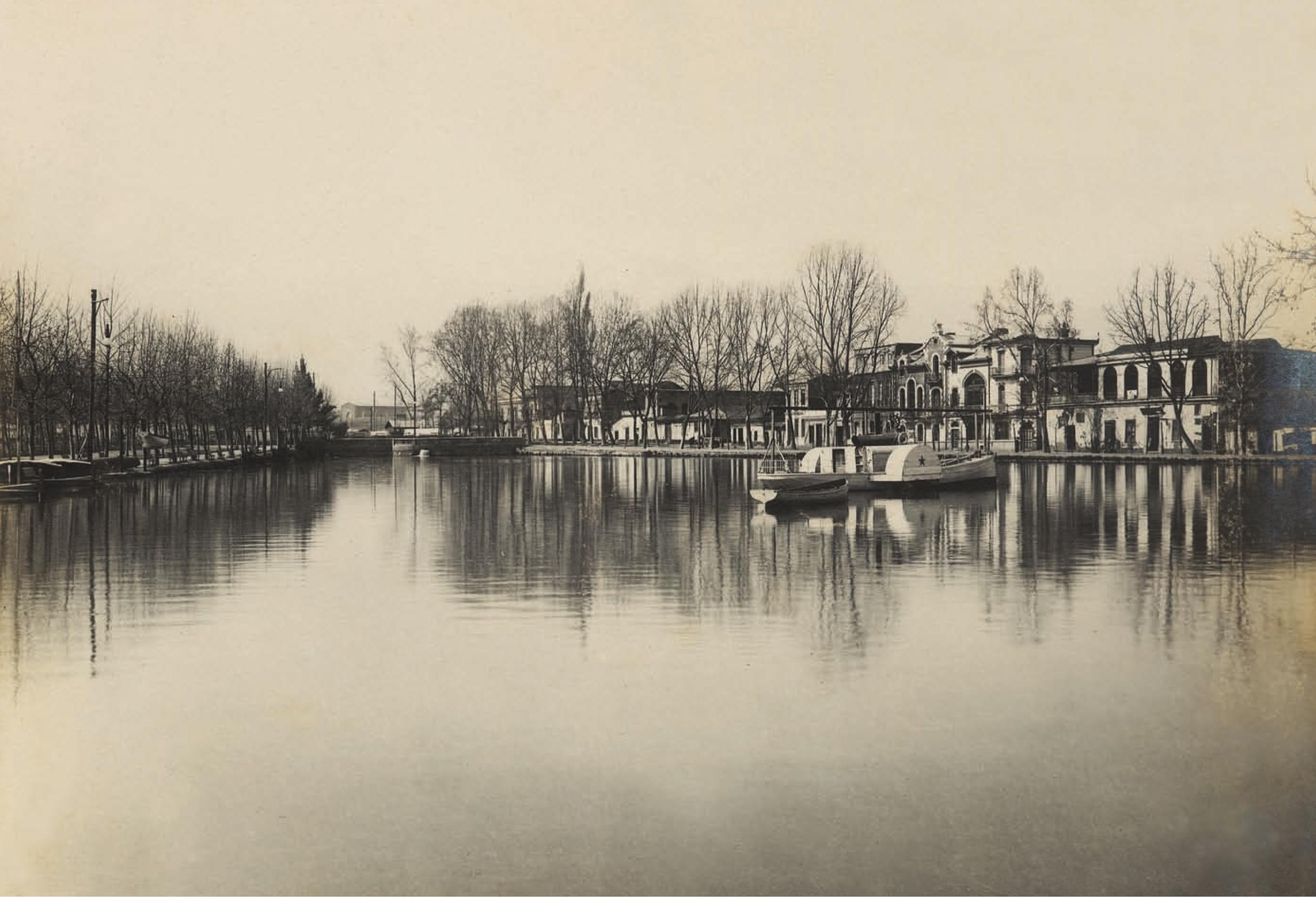 Enterreno - Fotos históricas de chile - fotos antiguas de Chile - Laguna del Parque Forestal, Santiago año 1910