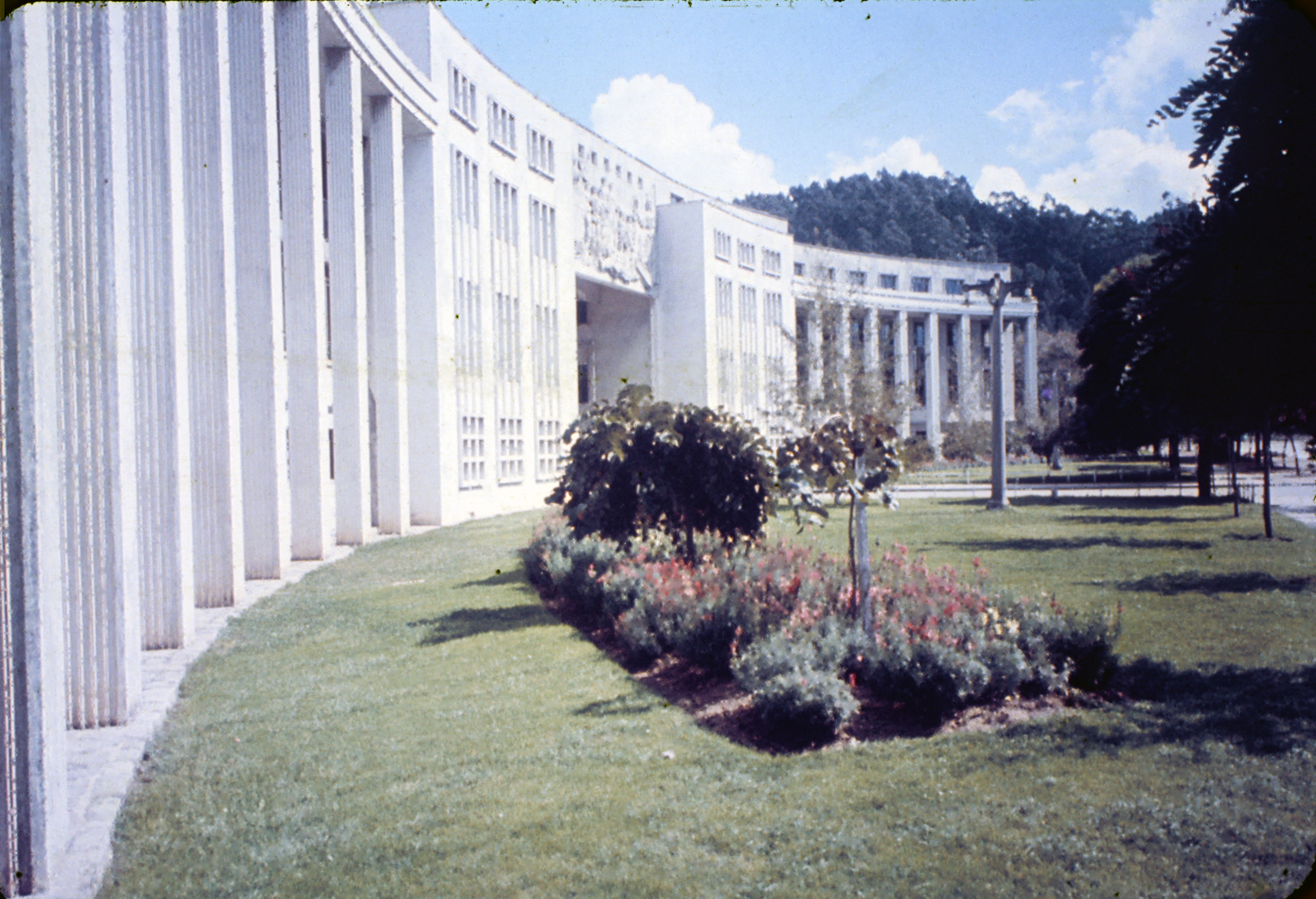 Enterreno - Fotos históricas de chile - fotos antiguas de Chile - Universidad de Concepción, 1960s
