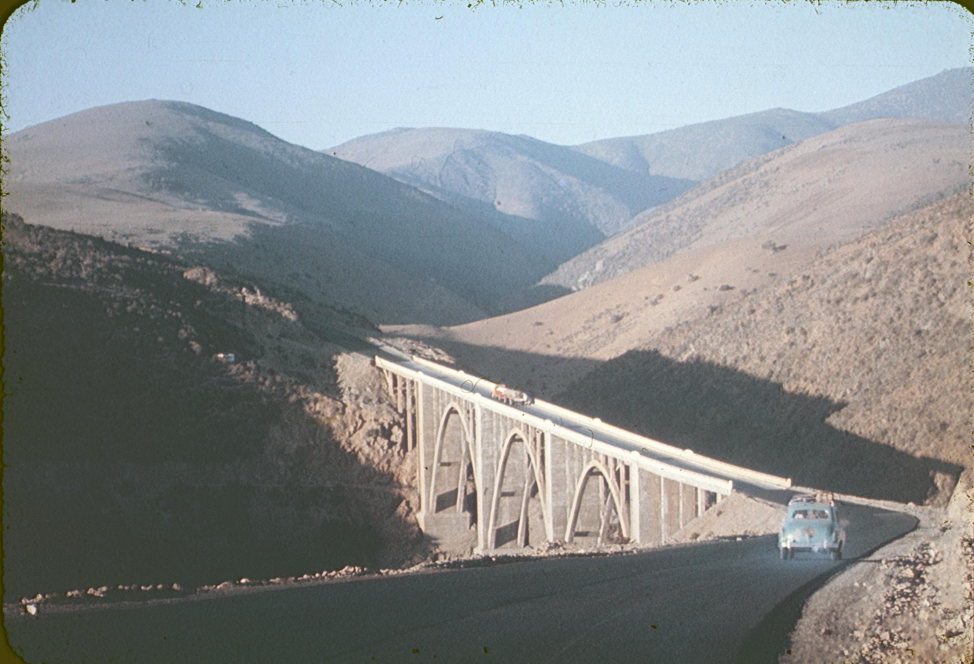 Enterreno - Fotos históricas de chile - fotos antiguas de Chile - Puente Amolanas de la Ruta 5, años 60s.