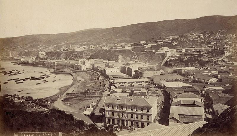 Enterreno - Fotos históricas de chile - fotos antiguas de Chile - Valparaíso ca. 1877