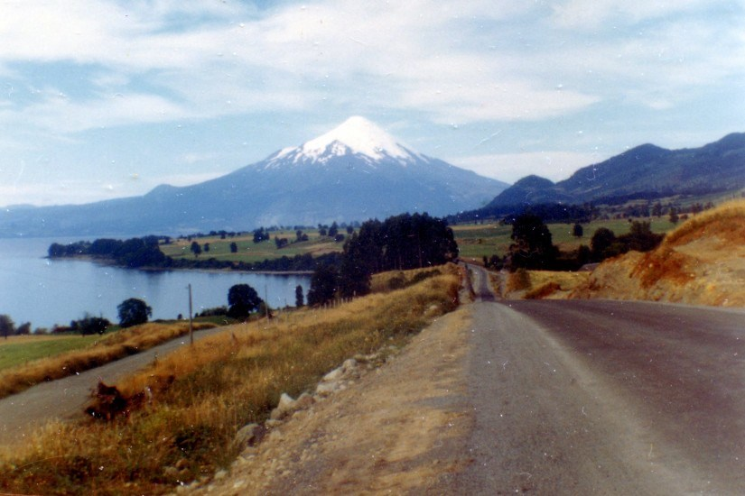 Enterreno - Fotos históricas de chile - fotos antiguas de Chile - Ruta 225-CH entre Puerto Varas y Ensenada, 1968