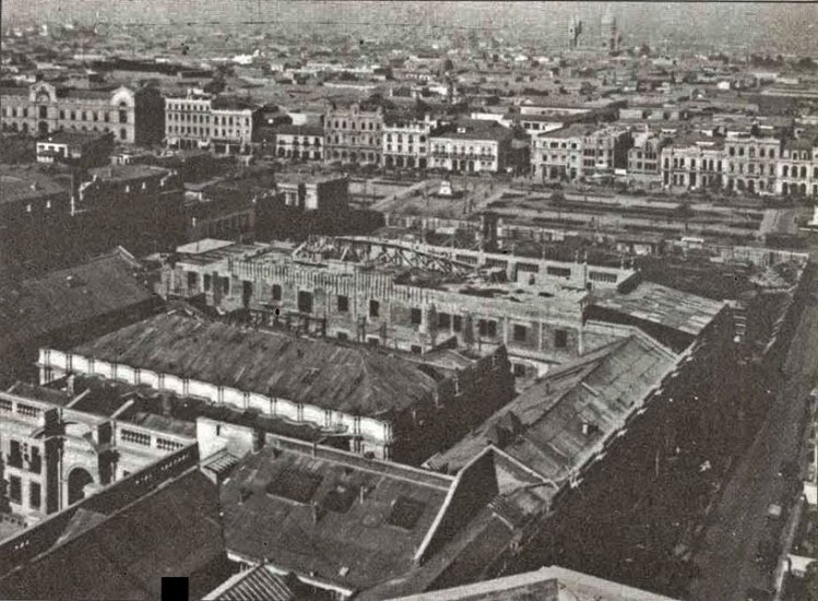 Enterreno - Fotos históricas de chile - fotos antiguas de Chile - Trabajos en La Moneda en 1930