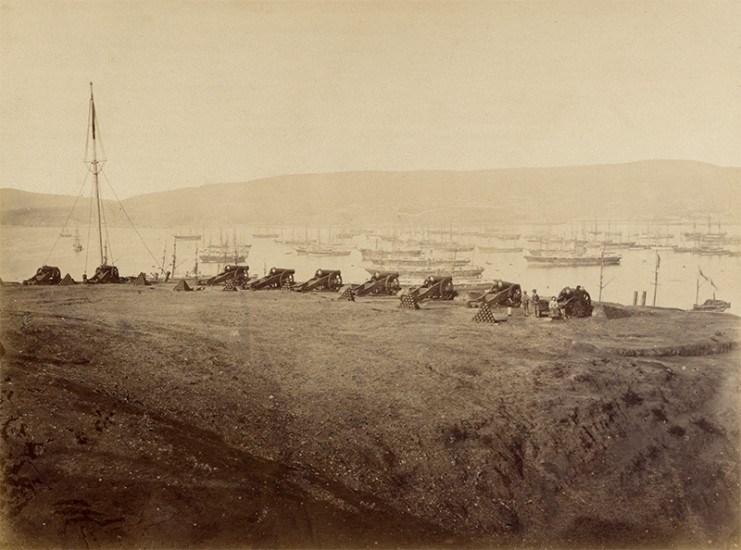 Enterreno - Fotos históricas de chile - fotos antiguas de Chile - Cerro Artillería de Valparaíso, ca 1870