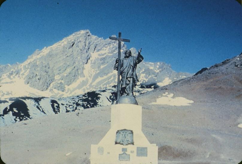 Enterreno - Fotos históricas de chile - fotos antiguas de Chile - Cristo Redentor de Los Andes, década de 1960