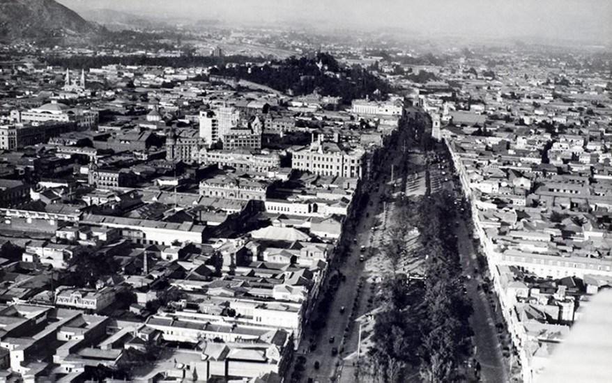 Enterreno - Fotos históricas de chile - fotos antiguas de Chile - Alameda 1929
