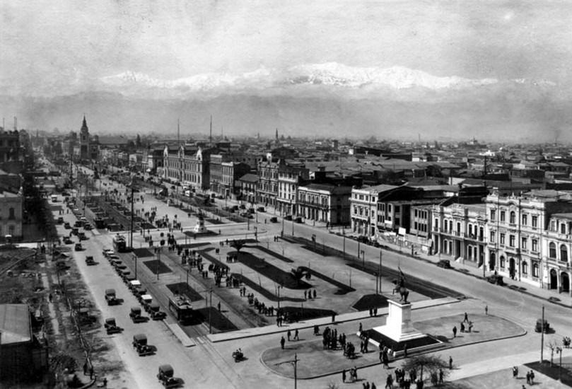 Enterreno - Fotos históricas de chile - fotos antiguas de Chile - Alameda de las delicias en 1928