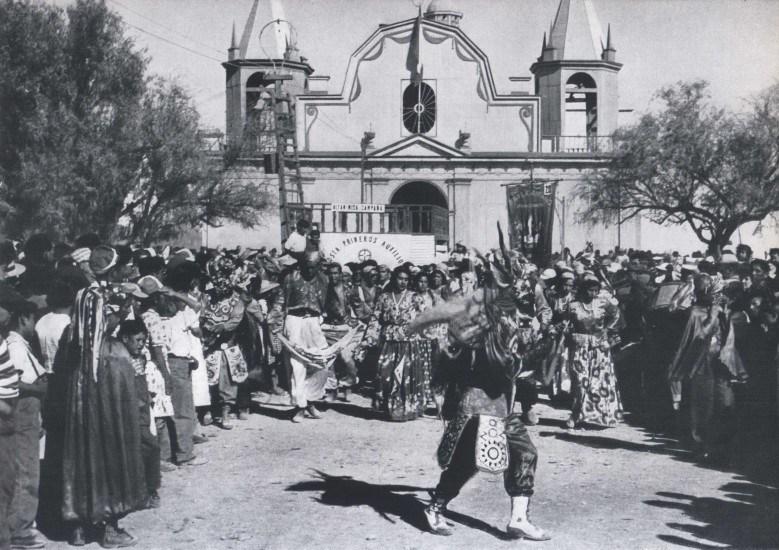 Enterreno - Fotos históricas de chile - fotos antiguas de Chile - La Tirana 1959