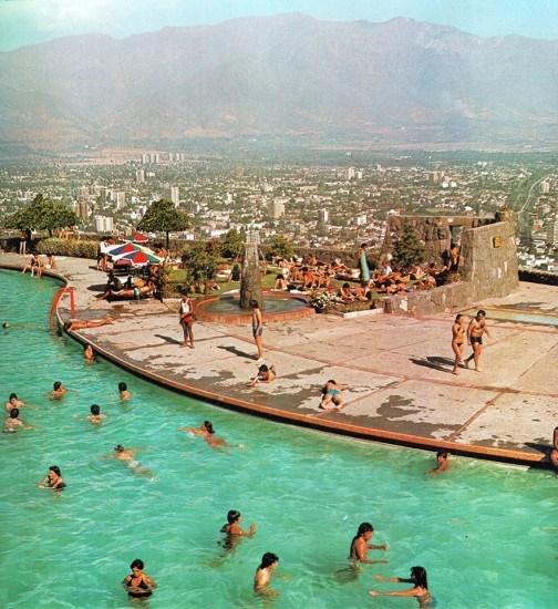 Enterreno - Fotos históricas de chile - fotos antiguas de Chile - Piscina Antilén, 1980