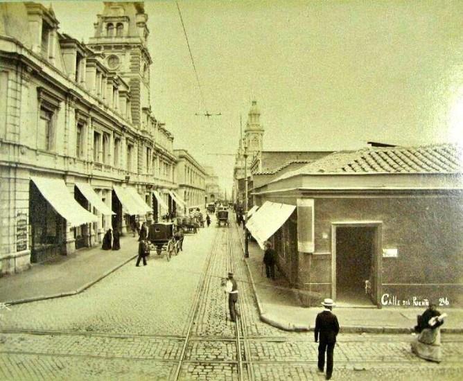 Enterreno - Fotos históricas de chile - fotos antiguas de Chile - Calle Puente, Inicios S. XX