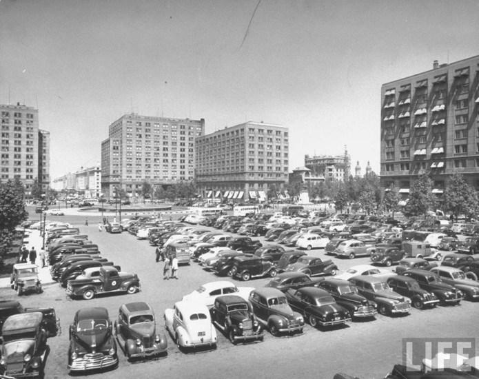 Enterreno - Fotos históricas de chile - fotos antiguas de Chile - Plaza de la Ciudadanía en 1950