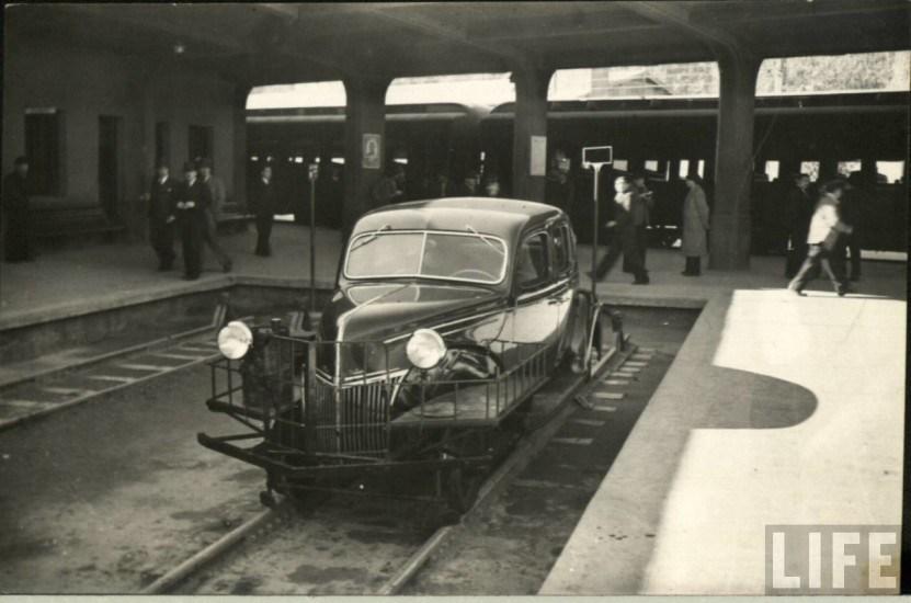 Enterreno - Fotos históricas de chile - fotos antiguas de Chile - Autocarril en la Estación La Calera, ca. 1930