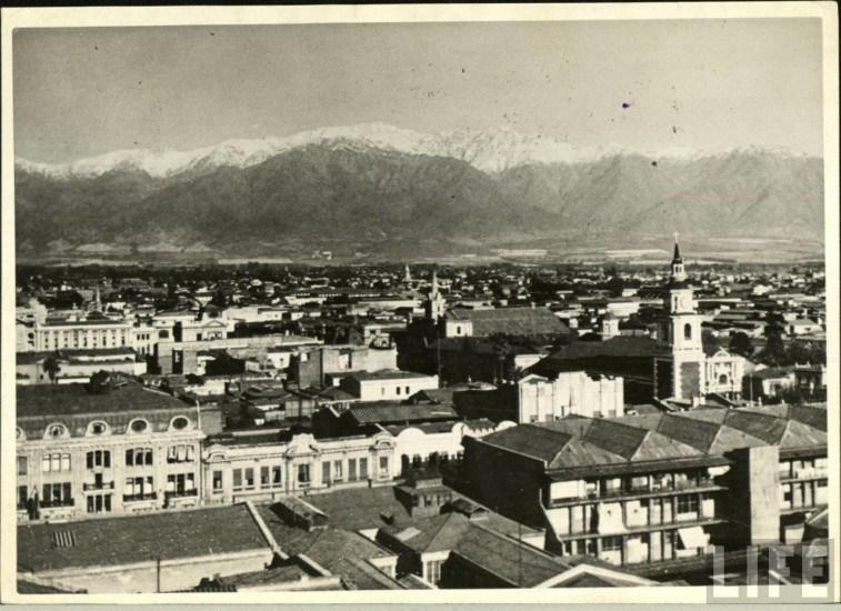 Enterreno - Fotos históricas de chile - fotos antiguas de Chile - Santiago hacia la cordillera, ca. 1930