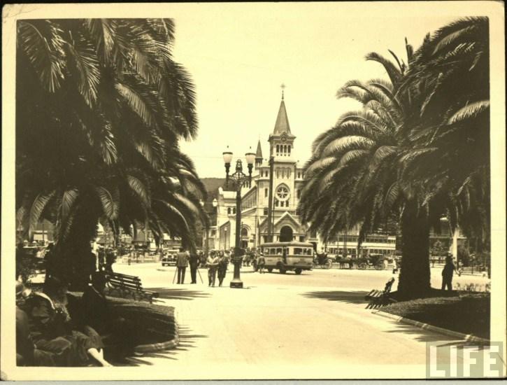 Enterreno - Fotos históricas de chile - fotos antiguas de Chile - Iglesia Nuestra Señora de los Dolores de Viña del Mar, ca. 1930