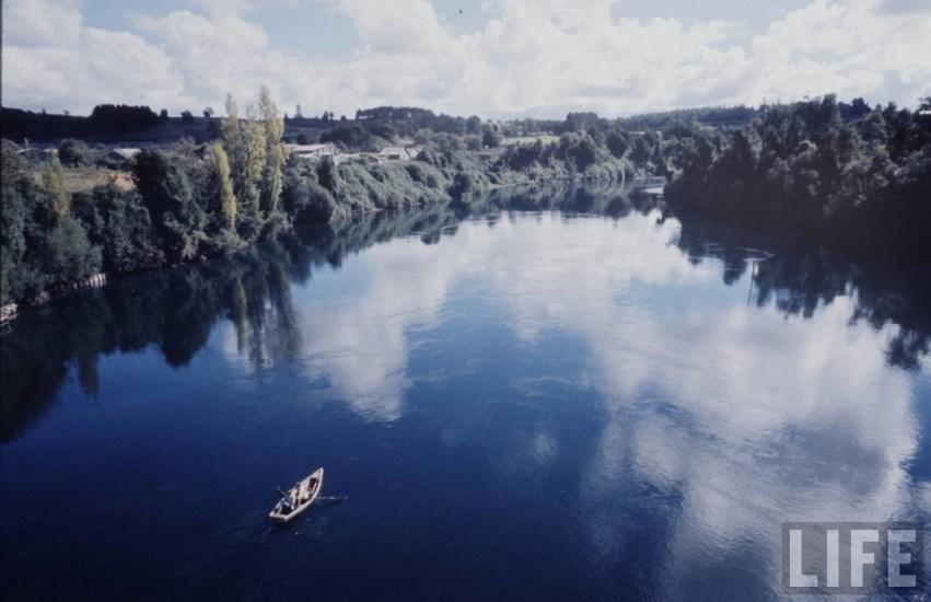 Enterreno - Fotos históricas de chile - fotos antiguas de Chile - Río Toltén de Villarrica en 1971