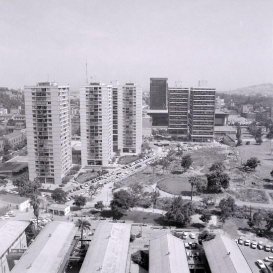 Enterreno - Fotos históricas de chile - fotos antiguas de Chile - Remodelación San Borja en 1972