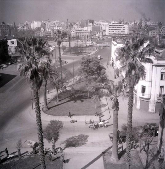 Enterreno - Fotos históricas de chile - fotos antiguas de Chile - Vista desde la torre de la Recoleta Franciscana, ca. 1950