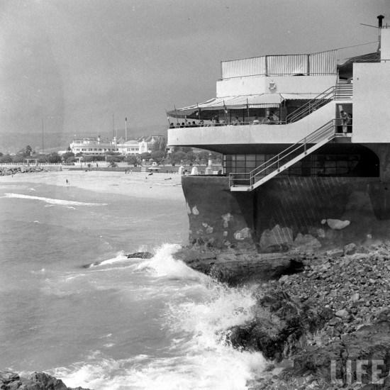 Enterreno - Fotos históricas de chile - fotos antiguas de Chile - Restaurant Cap Ducal de Viña del Mar y el Casino Municipal en 1941.