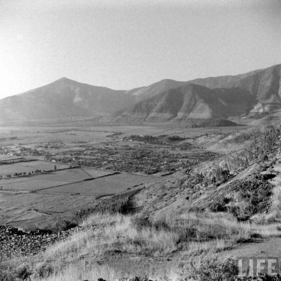 Enterreno - Fotos históricas de chile - fotos antiguas de Chile - Conchalí y Huechuraba desde el Cerro San Cristóbal en 1941