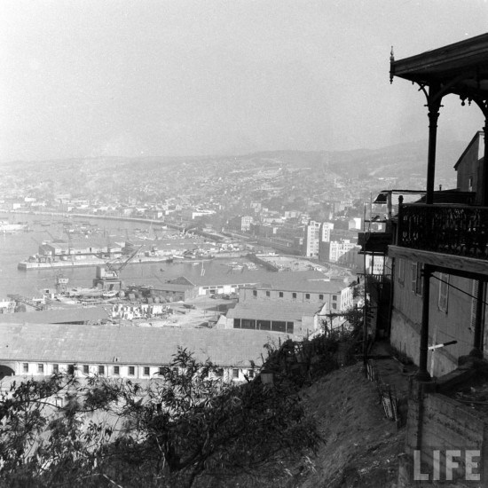 Enterreno - Fotos históricas de chile - fotos antiguas de Chile - Valparaiso desde paseo 21 de mayo en 1941
