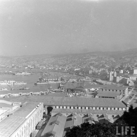 Enterreno - Fotos históricas de chile - fotos antiguas de Chile - Puerto de Valparaiso 1941