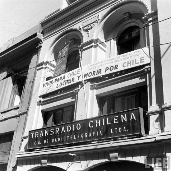 Enterreno - Fotos históricas de chile - fotos antiguas de Chile - Transradio Chilena en 1941