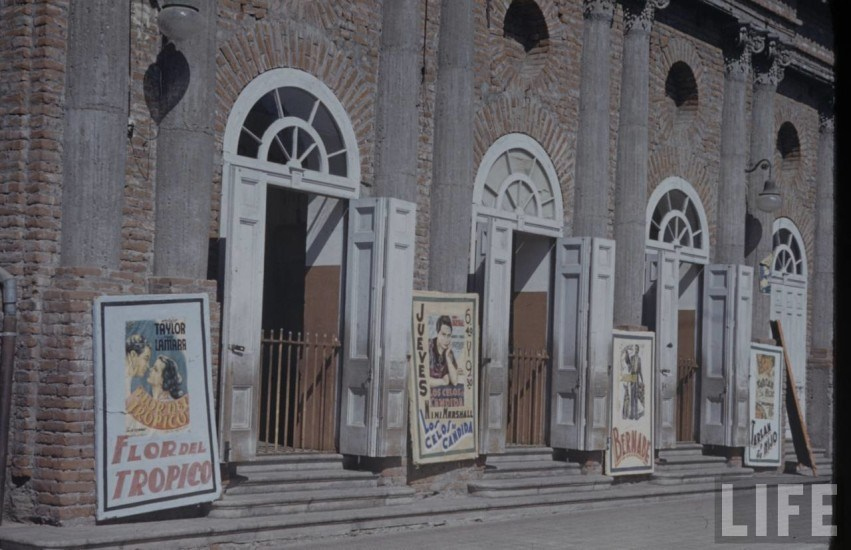 Enterreno - Fotos históricas de chile - fotos antiguas de Chile - Teatro Nacional de La serena 1941