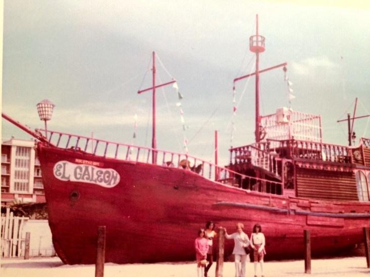 """Enterreno - Fotos históricas de chile - fotos antiguas de Chile - """"El Galeón"""" de Antofagasta en 1980"""