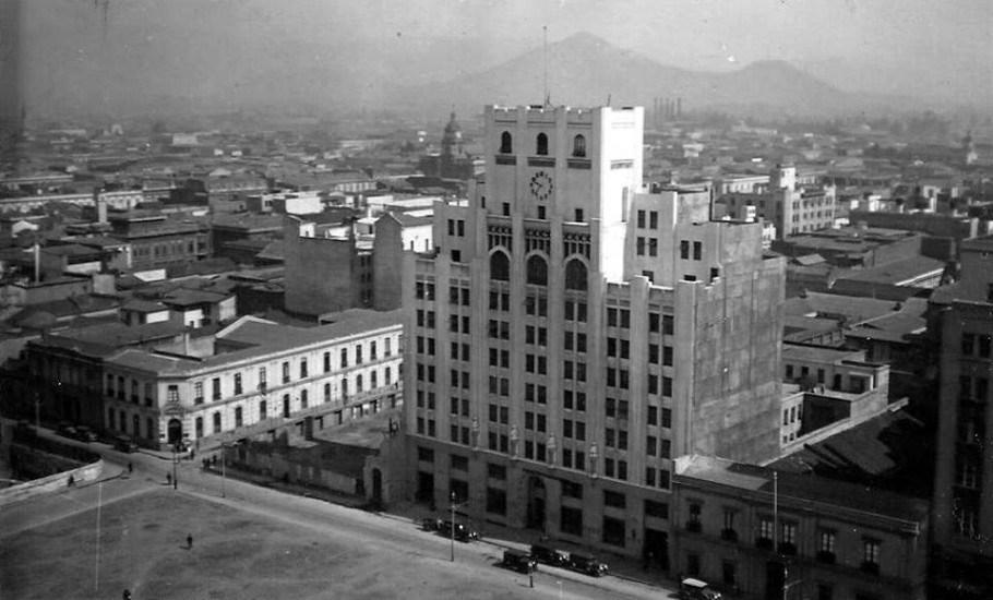 Enterreno - Fotos históricas de chile - fotos antiguas de Chile - Diario La Nación alrededor del año 1936