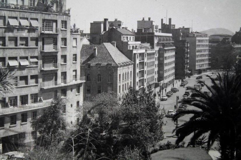Enterreno - Fotos históricas de chile - fotos antiguas de Chile - Vista desde el Cerro Santa Lucía en 1961