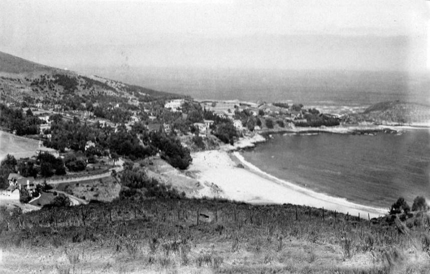 Enterreno - Fotos históricas de chile - fotos antiguas de Chile - Zapallar en 1935