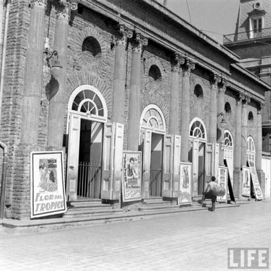 Enterreno - Fotos históricas de chile - fotos antiguas de Chile - Teatro Nacional de La Serena en el año 1941.