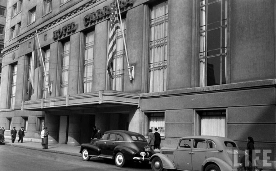 Enterreno - Fotos históricas de chile - fotos antiguas de Chile - Hotel Carrera del Barrio Cívico de Santiago, 1950